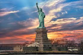 17 GIUGNO 1885: LA STATUA DELLA LIBERTÀ ARRIVA A NEW YORK.