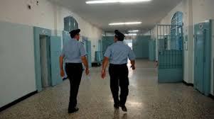 TENTA DI SUICIDARSI SALVATO DAGLI AGENTI DELLA POLIZIA PENITENZIARIA